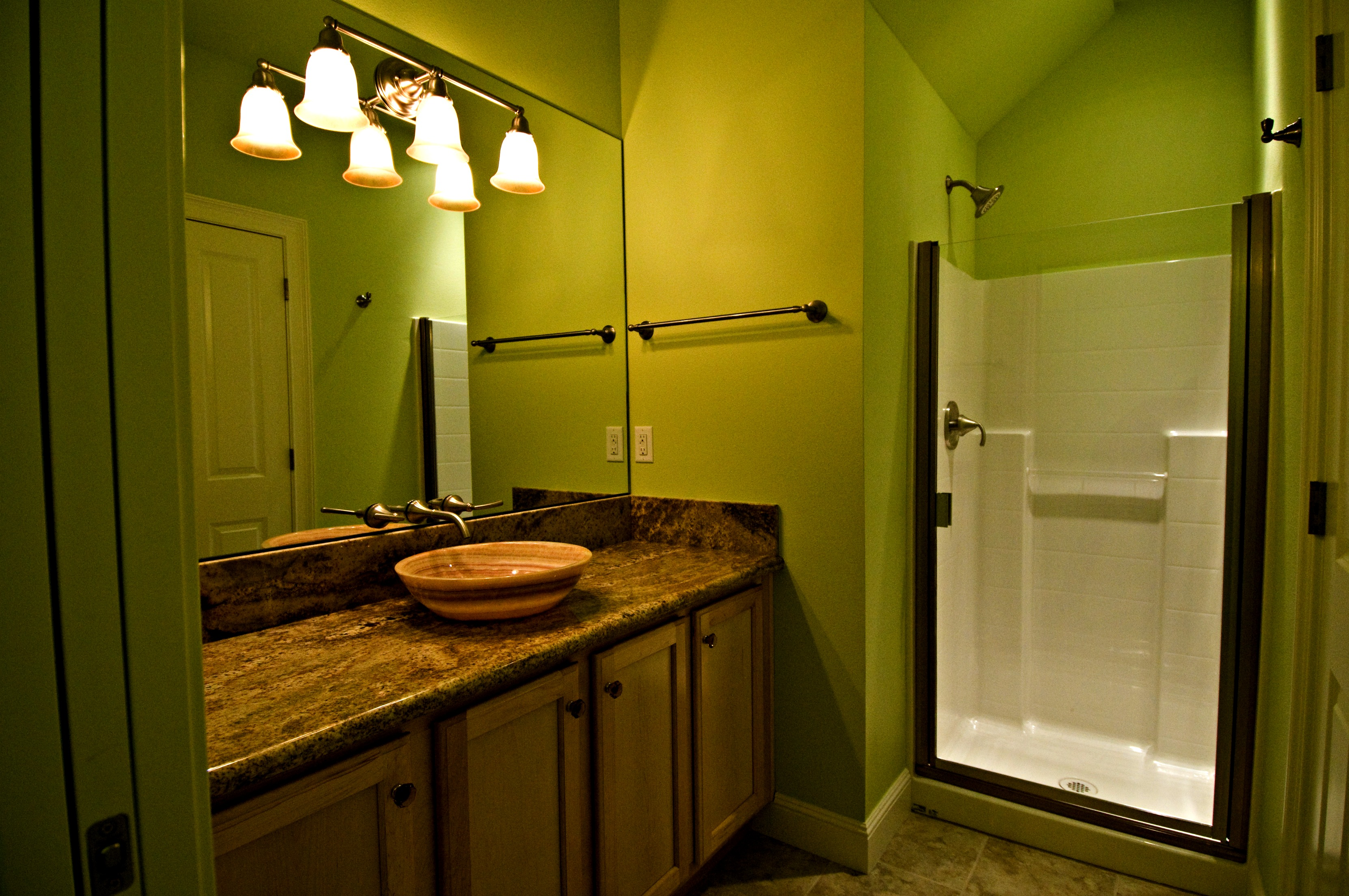 Vancouver, Washington - Build On Your Lot - Clark County, Washington - Kitchen and Bathroom Remodel